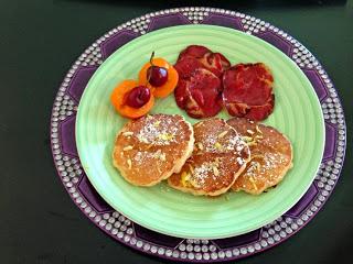 Lemon rice pancakes with fried prosciutto
